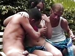 Shemale Encircling Overseas Anal..