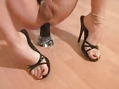 Shemale Less Heels Toying & Wanking..