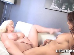 Alura Jenson gets Fucked unconnected..