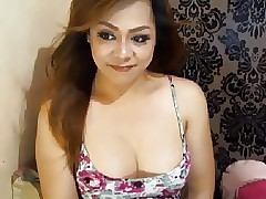 Sweltering Asian Shemale faps..