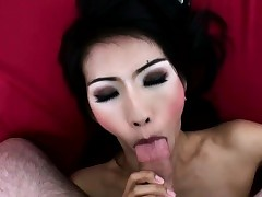 Asian ladyboy looker handjobs tourists..