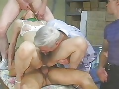 Chinese T-girl receives 3 guys -..