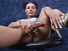 huge&sexy shemale Mia Isabella without equal