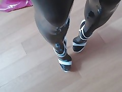 Heels, frontier fingers added to latex..